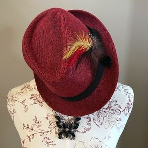 Trendy Feather Fall Hat 🍁